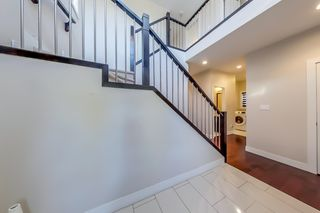 Photo 2: 3914 CLAXTON Loop in Edmonton: Zone 55 House for sale : MLS®# E4266341