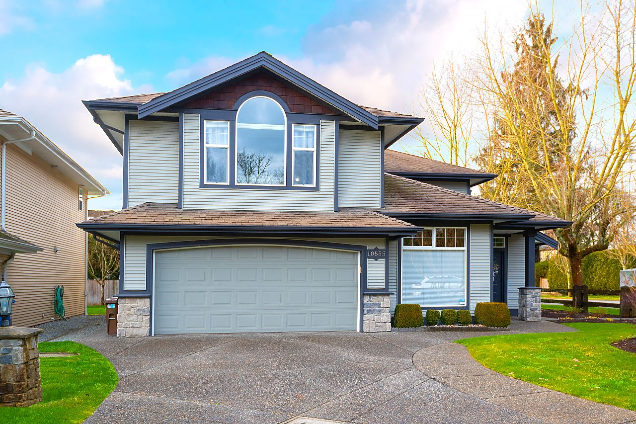 """Main Photo: 10555 239 Street in Maple Ridge: Albion House for sale in """"The Plateau"""" : MLS®# R2539138"""