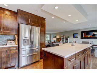 Photo 4: 544 OAKWOOD Place SW in Calgary: Oakridge House for sale : MLS®# C4084139