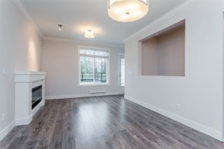 Photo 4: 6 18819 71 Avenue in Surrey: Clayton Townhouse for sale (Cloverdale)  : MLS®# R2156089