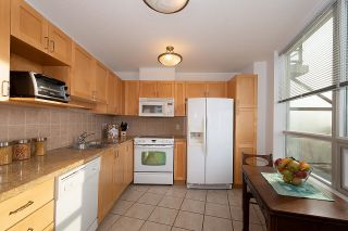 """Photo 11: 1000 1570 W 7TH Avenue in Vancouver: Fairview VW Condo for sale in """"Terraces on 7th"""" (Vancouver West)  : MLS®# R2624215"""