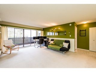 """Photo 4: 203 1945 WOODWAY Place in Burnaby: Brentwood Park Condo for sale in """"Hillside Terrace"""" (Burnaby North)  : MLS®# R2249414"""