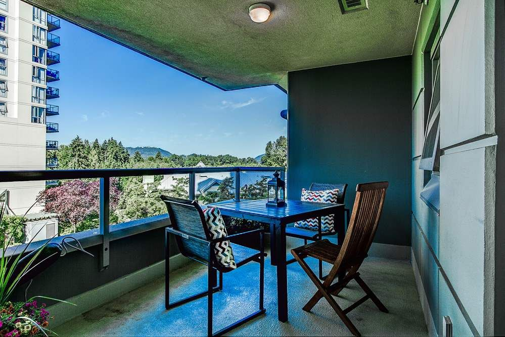 """Photo 14: Photos: 403 235 GUILDFORD Way in Port Moody: North Shore Pt Moody Condo for sale in """"THE SINCLAIR"""" : MLS®# R2187020"""