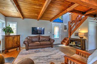 Photo 7: 1 1765 Cowichan Bay Rd in : Du Cowichan Bay House for sale (Duncan)  : MLS®# 879121