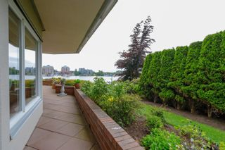Photo 29: 112 55 Songhees Rd in : VW Songhees Condo for sale (Victoria West)  : MLS®# 876548