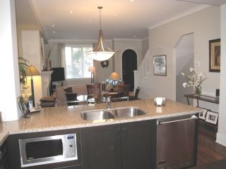 """Photo 14: 104 2580 LANGDON Street in Abbotsford: Abbotsford West Townhouse for sale in """"The Brownstones"""" : MLS®# F1128533"""