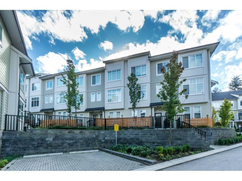 Main Photo: 64 13670 62 AVENUE in : Sullivan Station Townhouse for sale : MLS®# R2347332