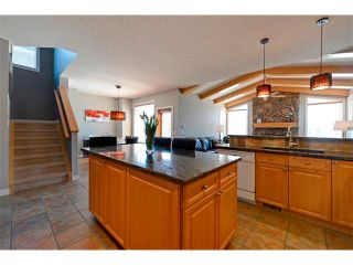 Photo 6: 94 SIMCOE Circle SW in Calgary: Signature Parke House for sale : MLS®# C4006481