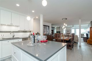 """Photo 14: 11 15563 MARINE Drive: White Rock Condo for sale in """"Oceanview Terrace"""" (South Surrey White Rock)  : MLS®# R2513794"""