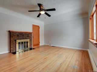 Photo 3: 2333 Belmont Ave in : Vi Fernwood House for sale (Victoria)  : MLS®# 806120