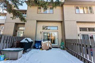 Photo 32: 108 Glamis Terrace SW in Calgary: Glamorgan Row/Townhouse for sale : MLS®# A1070053