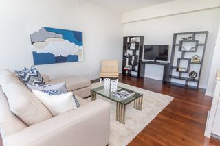 Photo 9: 1202 5955 BALSAM Street in Vancouver West: Home for sale : MLS®# V1035156