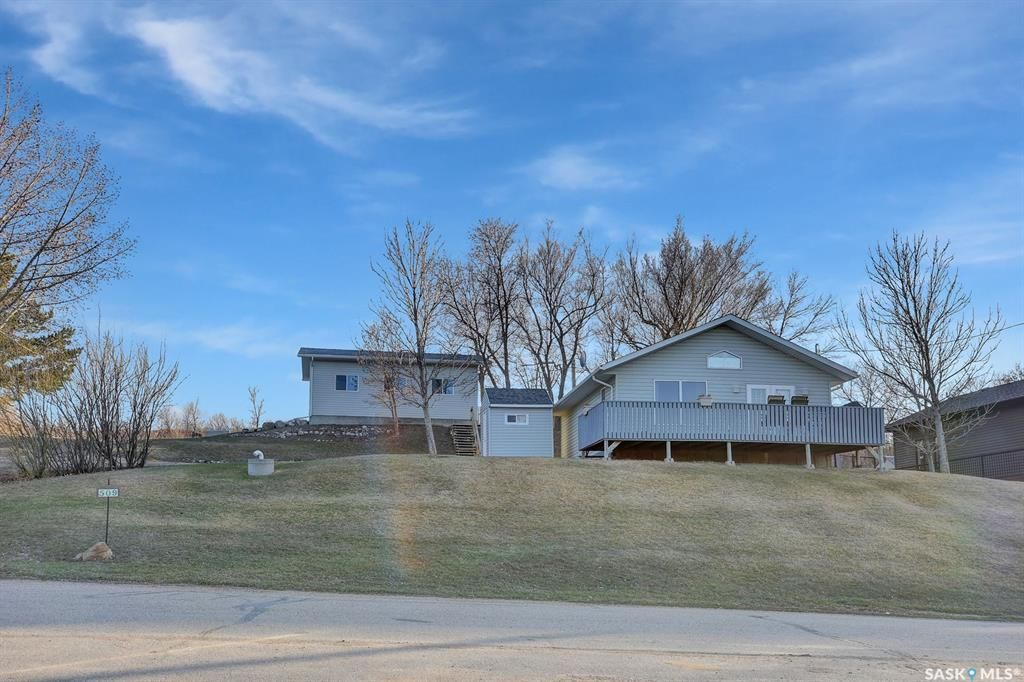 Main Photo: 509 Tatanka Drive in Buffalo Pound Lake: Residential for sale : MLS®# SK851170