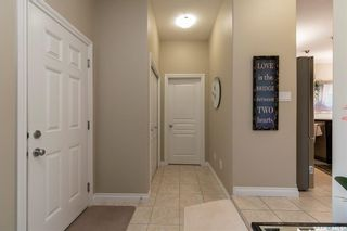 Photo 3: 330 1st Avenue North in Martensville: Residential for sale : MLS®# SK854811