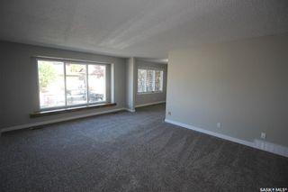 Photo 5: 108 Delaronde Road in Saskatoon: Lakeview SA Residential for sale : MLS®# SK871591