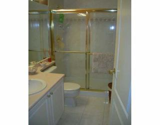 """Photo 8: 6838 STATION HILL Drive in Burnaby: South Slope Condo for sale in """"BELGRAVIA"""" (Burnaby South)  : MLS®# V624969"""