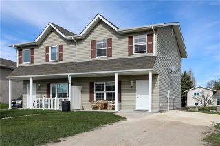 Photo 1: 27 FAIRMONT Crescent in Steinbach: R16 Residential for sale : MLS®# 1911291