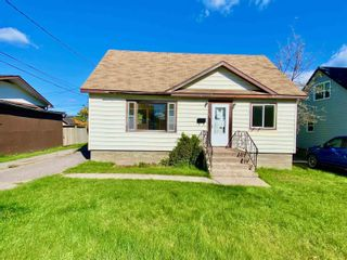 Photo 2: 214 Fifth Street South in KENORA: House for sale : MLS®# TB213005