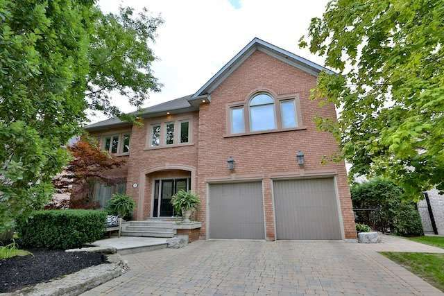Main Photo: 37 Jolana Crt in Vaughan: Islington Woods Freehold for sale : MLS®# N3594938