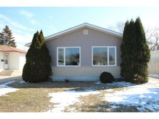 Photo 1: 911 Vimy Road in WINNIPEG: Westwood / Crestview Residential for sale (West Winnipeg)  : MLS®# 1508235