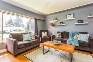 Photo 2: 22043 SELKIRK Avenue in Maple Ridge: West Central House for sale : MLS®# R2262384