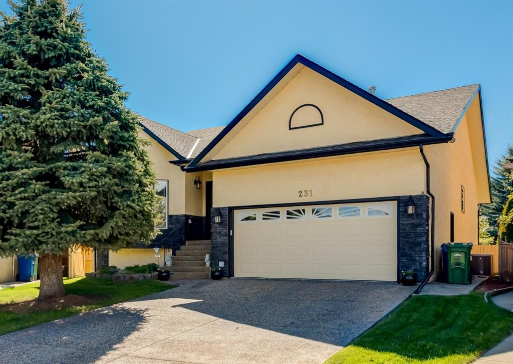 Main Photo: 231 Shawnee Gardens SW in Calgary: Shawnee Slopes Detached for sale : MLS®# A1114350