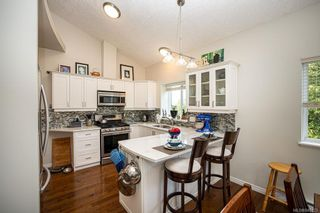 Photo 10: 950 Thrush Pl in Langford: La Happy Valley House for sale : MLS®# 845123