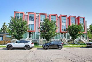 Photo 2: 106 1808 27 Avenue SW in Calgary: South Calgary Row/Townhouse for sale : MLS®# A1129747