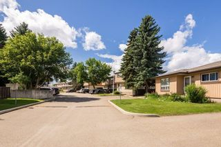 Photo 33: 623 KNOTTWOOD Road W in Edmonton: Zone 29 Townhouse for sale : MLS®# E4247650
