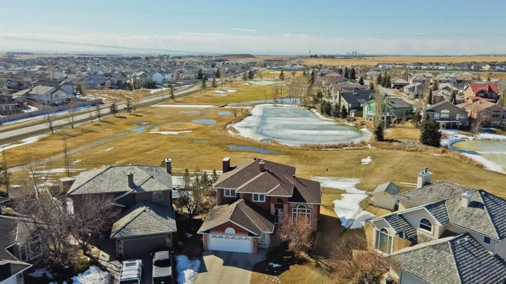 Main Photo: 513 Lakeside Greens Place: Chestermere Detached for sale : MLS®# A1082119