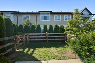 """Photo 14: 122 2450 161A Street in Surrey: Grandview Surrey Townhouse for sale in """"GLENMORE"""" (South Surrey White Rock)  : MLS®# R2109724"""