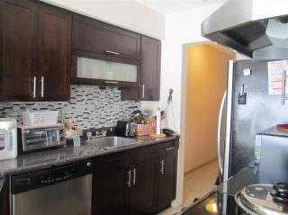 "Photo 3: 201 250 W 1ST Street in North Vancouver: Lower Lonsdale Condo for sale in ""CHINOOK HOUSE"" : MLS®# R2241543"