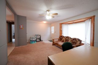 Photo 8: 12 King Crescent in Portage la Prairie RM: House for sale : MLS®# 202112403
