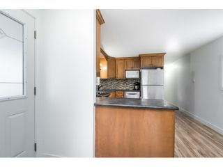 """Photo 10: 14 24330 FRASER Highway in Langley: Otter District Manufactured Home for sale in """"Langley Grove Estates"""" : MLS®# R2518685"""