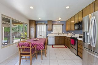 Photo 3: EAST ESCONDIDO House for sale : 3 bedrooms : 420 S Orleans Ave in Escondido
