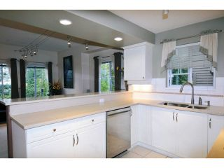"Photo 8: 84 2979 PANORAMA Drive in Coquitlam: Westwood Plateau Townhouse for sale in ""DEERCREST"" : MLS®# V1090309"
