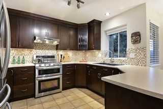 """Photo 6: 18617 60A Avenue in Surrey: Cloverdale BC House for sale in """"Eaglecrest"""" (Cloverdale)  : MLS®# R2324863"""