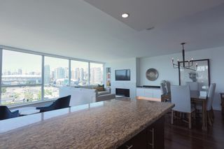 """Photo 8: 1405 120 MILROSS Avenue in Vancouver: Downtown VE Condo for sale in """"THE BRIGHTON BY BOSA"""" (Vancouver East)  : MLS®# R2617485"""