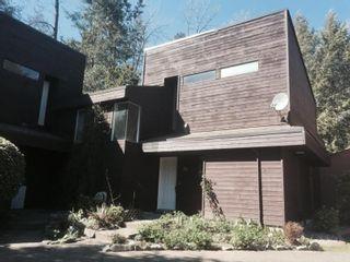 "Photo 1: 26 19696 HAMMOND Road in Pitt Meadows: South Meadows Townhouse for sale in ""CEDAR HOLLOWS"" : MLS®# R2054948"