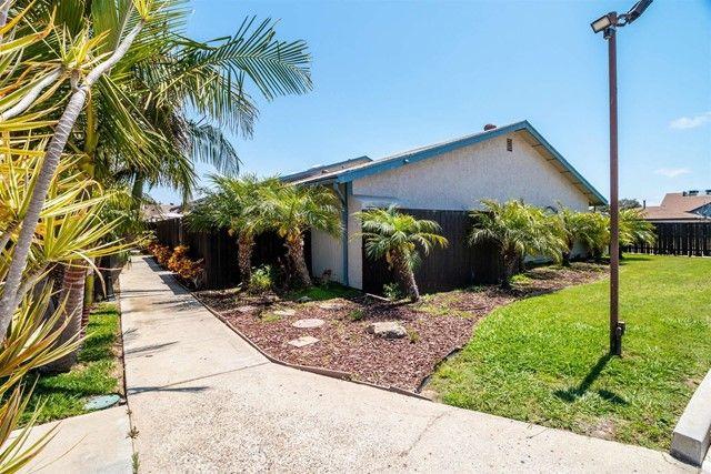 Main Photo: Condo for sale : 2 bedrooms : 440 L Street #A in Chula Vista