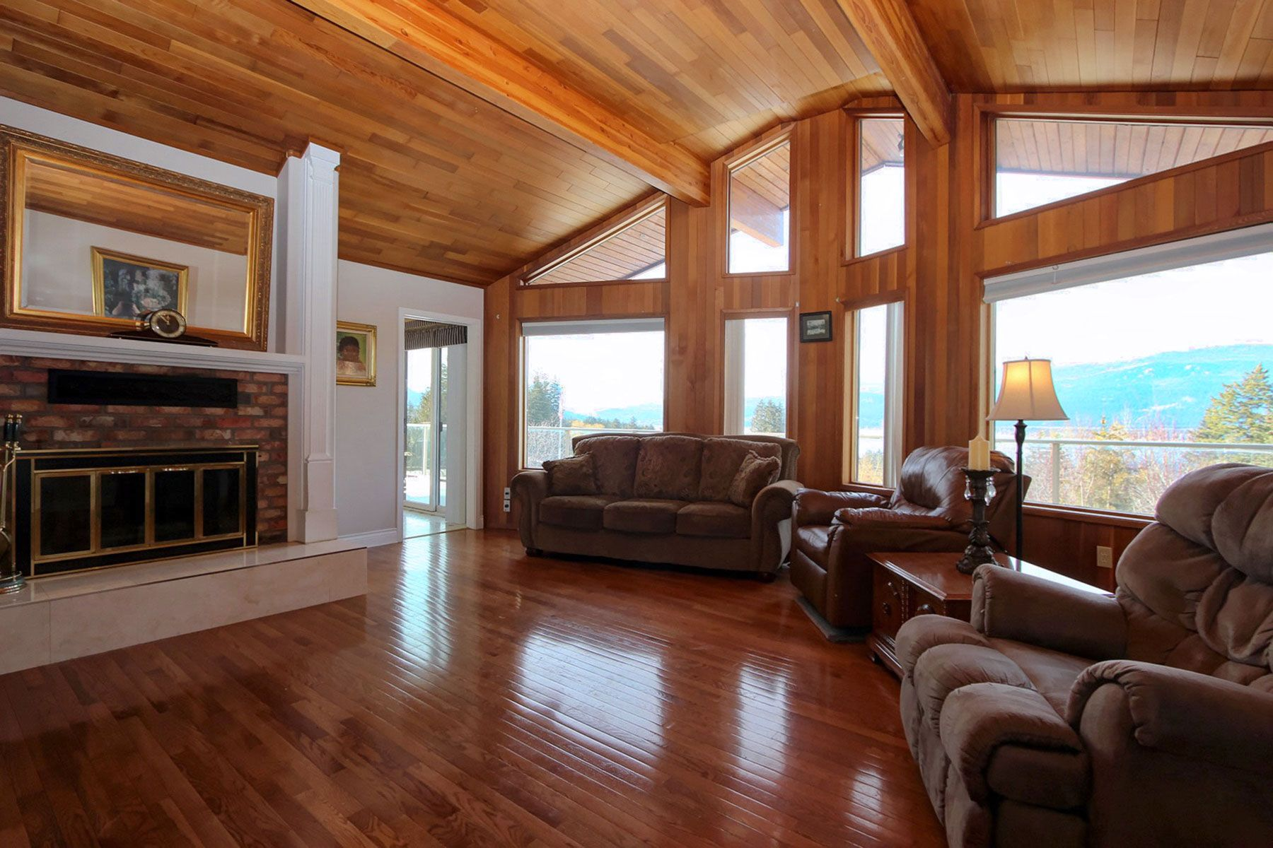 Photo 21: Photos: 1350 Trans Canada Highway in Sorrento: House for sale : MLS®# 10225818