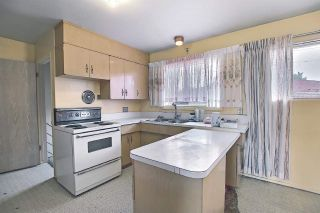 Photo 10: 9444 74 Street in Edmonton: Zone 18 House for sale : MLS®# E4240246