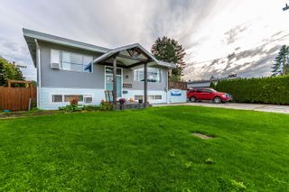 Photo 2: 46364 STRATHCONA Road in Chilliwack: Fairfield Island House for sale : MLS®# R2623056
