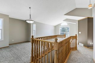 Photo 7: 143 Somerside Grove SW in Calgary: Somerset Detached for sale : MLS®# A1126412