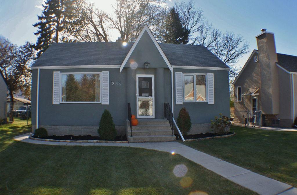 Main Photo: 252 Chelsea Avenue in Winnipeg: East Kildonan Residential for sale (North East Winnipeg)  : MLS®# 1221357