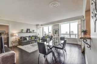 Photo 3: 2707 3880 Duke Of York Boulevard in Mississauga: City Centre Condo for sale : MLS®# W3836960