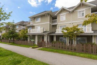 """Photo 1: 61 7388 MACPHERSON Avenue in Burnaby: Metrotown Townhouse for sale in """"ACACIA GARDENS"""" (Burnaby South)  : MLS®# R2166985"""
