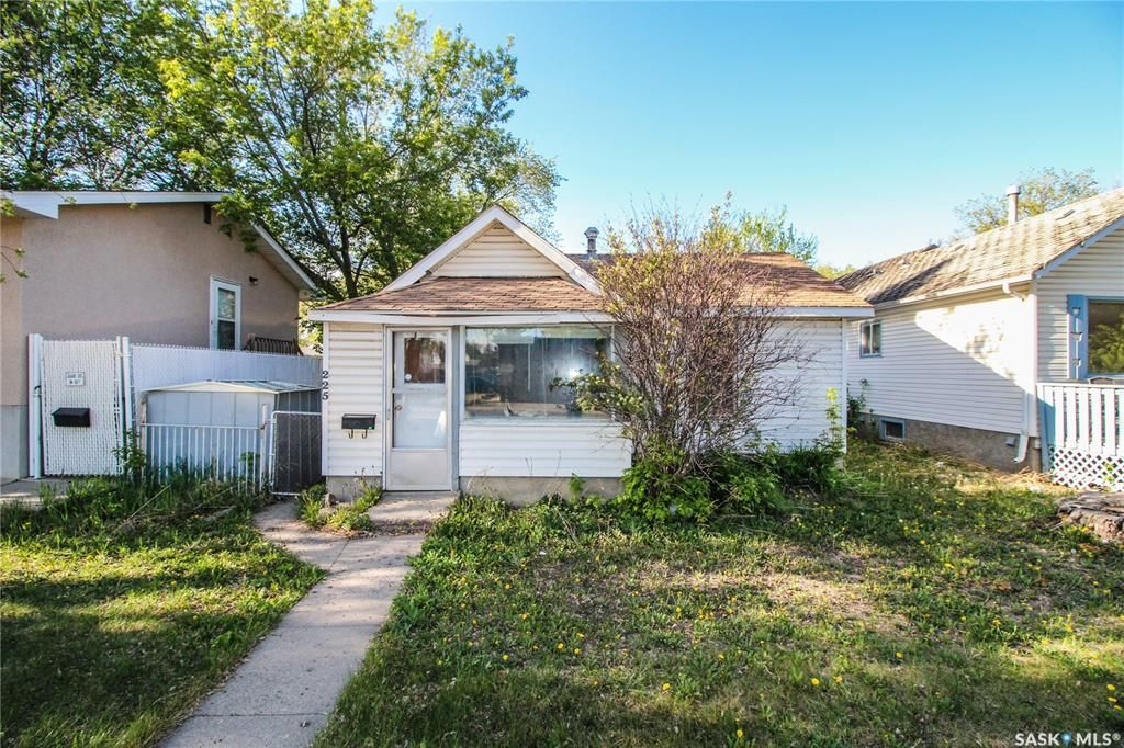 Main Photo: 225 Ruth Street East in Saskatoon: Exhibition Residential for sale : MLS®# SK862741