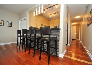 Photo 5: 407 830 CENTRE Avenue NE in Calgary: Bridgeland/Riverside Condo for sale : MLS®# C4091993