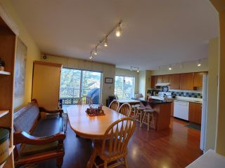 """Photo 7: 25 2351 PARKWAY Boulevard in Coquitlam: Westwood Plateau Townhouse for sale in """"WINDANCE"""" : MLS®# R2545095"""
